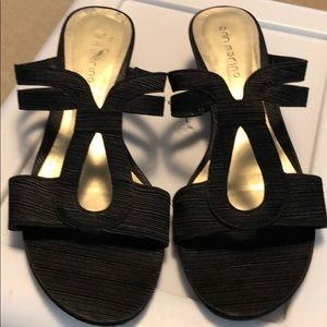 Ann Marino Black Wedge Sandals